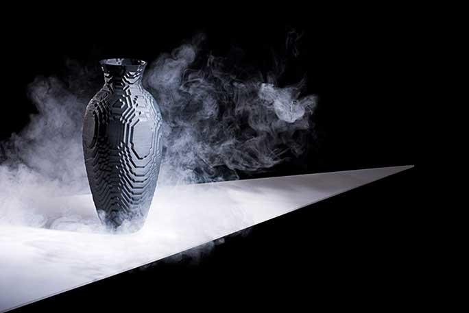 'Lo-res' Vessel. Black Porcelain